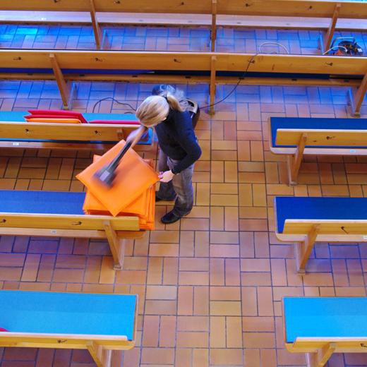 Portami Sitzbankauflagen in Wollfilz - Comanderkirche Chur